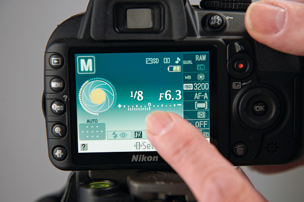 Nikon shutter speed display